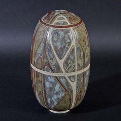 Per Rehfeldt, lidded vase in stoneware 1980. Own studio Gudhjem, Denmark. H: 21. W: 11,3 cm.