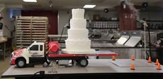 Tow Truck Wedding Cake Wedding Cake Rustic, Diy Wedding, Wedding Cakes, Dream Wedding, Wedding Ideas, Semi Truck Cakes, Fire Truck Nursery, Carlos Bakery, Tow Truck Driver