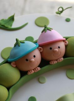 Peapod Baby Shower Cake | Whipped Bakeshop Love Cake Topper, Cake Topper Tutorial, Decors Pate A Sucre, Baby Reveal Cakes, Creative Desserts, Fondant Decorations, Fondant Toppers, Just Cakes, Cupcakes