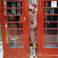 60s-women-fashion-vogue-by-norman parkinson-26 | Trendland