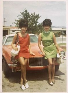 RIP to my grandma (left). Found this week while digging around for pictures for her funeral - late 1960s Hair, Beehive Hair, Bouffant Hair, Ordinary Lives, Hair Brained, Big Hair, Vintage Hairstyles, Good Old, Pin Up