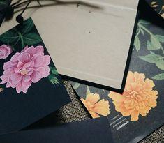Ali Zhiy (@alizhiy) • Світлини та відео в Instagram Dry Plants, Book Nerd, Book Lovers, Book Worms, Still Life, Gift Wrapping, Pretty, Books, Instagram