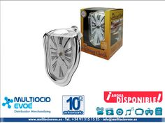 MELTING CLOCK - RELOJ EAN: 0604020023201 Material: PVC. Presentación: caja con ventana. Medidas caja: 13x19cm.