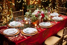 #Holiday #wedding #tabletop #inspiration #red #gold #classic | Photo by Alexis June Weddings