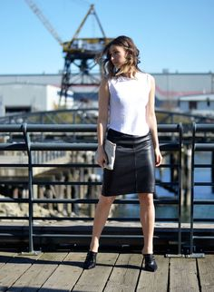 spring chic outfit, white tank, black leather pencil skirt, mules, aldo acaren, vancouver fashion blog, the august diaries5