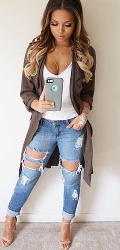 how to wear a pair distressed jeans : white top + cardigan + nude heels