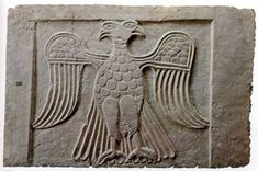 Mystery Of The Ancient Double-Headed Eagle Symbol Old Symbols, Ancient Symbols, Ancient Aliens, Ancient Artifacts, Double Headed Eagle, Ancient Egyptian Art, Ancient Greece, Minoan, Ancient Mysteries