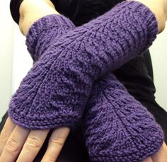 Free Knitting Pattern for Easy Lana Gloves - These lace fingerless mitts are knit flat and seamed. Designed by Nancy Ricci. Rated easy by Ravelrers. Pictured project by tashc