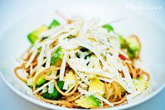 Avokadopasta by Foodassion, via Flickr