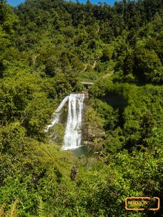 Waterfall at Lake Wa