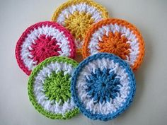 [Free Pattern] These Quick And Easy Little Scrubbie Dots Can Be Used On Dishes Or As Facial Scrubs