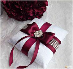 Ring Pillow Wedding, Wedding Pillows, Ruby Wedding, Plan My Wedding, Butterfly Invitations, Pillow Crafts, Wedding Unity Candles, Flower Girl Basket, Bridal Flowers