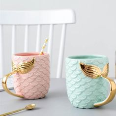 Seas The Day Mermaid Gold Tail Mug - Luxurious coffee mug for mermaids. Shaped like mermaid& scales which makes it extra cute. What better way to start the day than with coffee or t. Cute Coffee Mugs, Cool Mugs, Coffee Cups, Coffee Coffee, Coffee Time, Drinking Coffee, Coffee Break, Morning Coffee, Coffee Maker