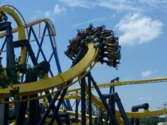 Batman: The Ride at Six Flags Great Adventure. Jackson Township, Ocean County, New Jersey. Six Flags Great Adventure, Greatest Adventure, Roller Coaster Pictures, Roller Coasters, Fastest Roller Coaster, Great America, Vacation Places, Vacations, Honeymoon Spots