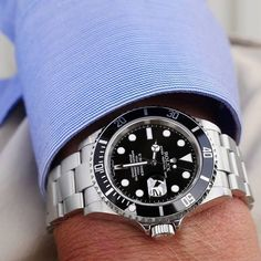 Browse through this large list of gentleman watch brands and admire the beauty and craftsmanship in this line up. Stylish Watches, Luxury Watches For Men, Cool Watches, Rolex Watches, Dream Watches, Black Rolex, Gentleman Watch, Rolex Submariner No Date, Rolex Gmt