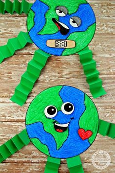 Fantastic Earth Day Craft And Activity For Kids · The Inspiration Edit Earth Day Activities, Art Activities For Kids, Preschool Crafts, Therapy Activities, Earth Craft, Earth Day Crafts, Painting For Kids, Art For Kids, Toddler Crafts
