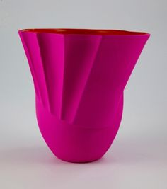 N-bucket vase - Nicole Mueller - Salon 94