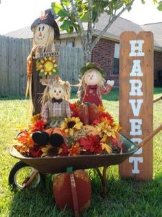 Amazing Outdoor Fall Decor Ideas That Will Fascinate You 22