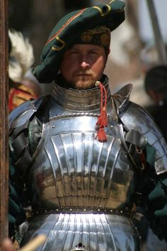 Hauptmann (retired) beautiful structured armour