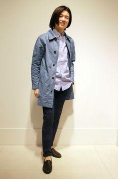 """【フラッグシップ銀座スタッフ注目コーデ】 キレイめシャツにフラワープリントのパンツで遊び心をプラス。ライトアウターは今季マストカラー""""ブルー""""をセレクトすれば一気に今年らしい着こなしに。 コート (Color:ブルー/¥14,900/ID:226173/着用サイズ:XXS) シャツ (Color:ホワイトxブルー/¥6,900/ID:981679/着用サイズ:XS) パンツ (Color:フラワープリント/¥7,900/ID:224980/着用サイズ:28x30) その他:参考商品 スタッフ身長:174cm ■オンラインストアはこちら http://www.gap.co.jp/browse/division.do?cid=5063 ■フラッグシップ銀座 http://loco.yahoo.co.jp/place/g-BfhjYGGE7Eo/"""