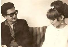 """Roy and his first wife, Claudette Frady, who was killed in a motorcycle crash. She inspired the songs """"Oh Pretty Woman"""" and """"Claudette"""" which would be a hit by the Everly Brothers. Beautiful Voice, Beautiful Couple, Travelling Wilburys, You Dont Love Me, American Bandstand, Roy Orbison, The Way I Feel, Famous Singers, Artist Life"""