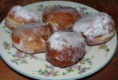 How to make donuts carnival by the East Bohemian tradition Czech Recipes, Ethnic Recipes, Baked Potato, Donuts, Muffin, Cooking, Breakfast, Czech Food, Google Translate