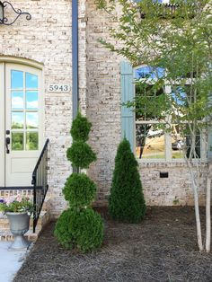 Achieving French provincial with brick, mortar and a little panache Exterior House Colors, Exterior Paint, Exterior Houses, House Exteriors, Exterior Design, French Country Exterior, Country Farmhouse, Modern Farmhouse, French Provincial Home