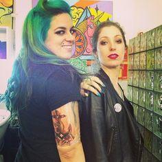 [TV Máfia] Maira Medeiros e Madhava Zamberlan após a tatuagem ficar pronta!