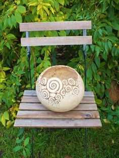Ceramic Pottery, Ceramic Art, Coil Pots, Hand Built Pottery, Clay Tiles, Concrete Planters, Pottery Designs, Garden Ornaments, Metallic Colors