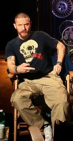 Tom Hardy - L.A., May 1st 2015 THAS-Tom Hardy Argentina Station damn that's sexy