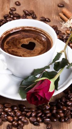 Red rose with coffee with a heart. Coffee beans on the table. Good Morning Coffee, Coffee Break, I Love Coffee, My Coffee, Happy Coffee, Coffee Heart, Coffee Cafe, Coffee Drinks, Coffee Cup Pictures