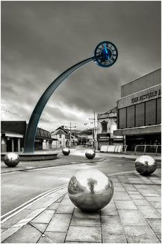 The futuristic looking clock that can be found in the centre of Ebbw Vale is a striking subject. Sistema Solar, Unusual Clocks, Modern Clock, Clock Art, As Time Goes By, Old Clocks, Time Clock, Grandfather Clock, Sundial