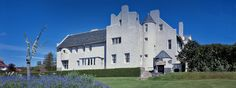 Helensburgh (Scotland): Hill House, Charles Rennie Mackintosh with Margaret MacDonald Mackintosh, 1902-1903