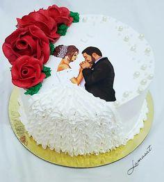 Happy Marriage Anniversary Cake, Anniversary Cake With Photo, Anniversary Cake Designs, Wedding Anniversary Cakes, Cake Decorating Frosting, Creative Cake Decorating, Cake Decorating Techniques, Beautiful Birthday Cakes, Beautiful Cakes