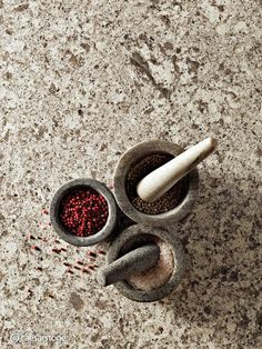 Caesarstone Atlantic Salt: Beautiful for a modern, neutral space, or mixed with bold colors.
