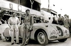 Veyron et Wimille, manifestement confiants avant le départ