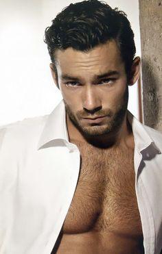 aaron diaz   Aarón Díaz Spencer (born on March 7, 1982) is a Mexican actor ...