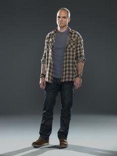 Criminal Minds: Suspect Behavior - Promo Michael Kelly, Drama Tv Series, Criminal Minds, Behavior, Bomber Jacket, Mindfulness, Clothes, Modern, Behance