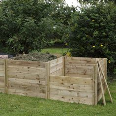 This product may not be stocked in your local branch, but will generally be available for delivery or collection within 7-10 working days.  For the serious gardener our slot down compost bin now comes with an extension kit for double or triple compost heaps. The kit consists of two posts, and three sides.  82cm x 103cm x 97cm  The rough sawn nature of the timber allows the composter to blend perfectly into any garden.  Components simply slot together.