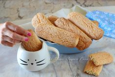 Here is the grandmother& ancient recipe for biscuits to be soaked in milk and . Italian Cookie Recipes, Italian Cookies, Italian Desserts, Mini Desserts, Sicilian Recipes, Soft Biscotti Recipe, Biscotti Cookies, Coffee Cookies, Ancient Recipes