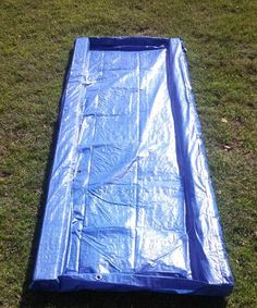 Use a tarp to make a liverpool jump for your horse! Cut two wood posts to be just shorter than the length of the tarp. Fold the tarp in half lengthwise, and slide one of the posts into the folded tarp