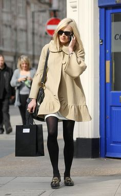Fearne Cotton Photo - Fearne Cotton Leaves Radio One