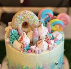 Birthday Cake, London, Desserts, Food, Tailgate Desserts, Birthday Cakes, Deserts, Eten, Postres