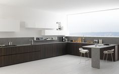 Zampieri - #Y kitchen in thermal vintage oak and gloss white lacquer.