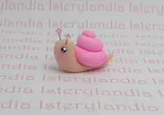 This I a actually done in polymer clay, but thought it would be a cute cupcake topper, in fondant.