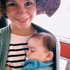 Taking the bus with a sleepy toddler #babywearing #toddlerwearing #wrapnap #didylove #didymos #didymosagave #littlezenone #ttc #ridingtherocket #VSCOcam #babywearingTO