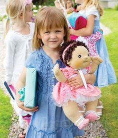 Ekstra tøj og tilbehør til Rubens Baby dukkerne finder du på Legebyen.dk.  #RubensBarn #RubensBaby #RubensMolly #Legebyen #LegebyenDK #Rubens #Swedishtoys