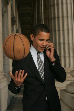 Barack: Yo Lebron Lebron: Mr President- Barack: Nah man it's just Barack now. Y'all still looking for that playmaker? Michelle Obama, First Black President, Mr President, Black Presidents, American Presidents, Joe Biden, Durham, Presidente Obama, Barack Obama Family