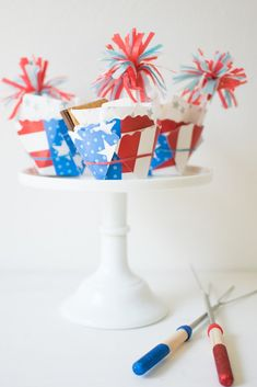 Diy of july s'mores cups celebrating the fourth of july Fourth Of July Quotes, Fourth Of July Cakes, Fourth Of July Food, 4th Of July Nails, 4th Of July Party, Patriotic Party, July 4th, July Wedding, July Crafts