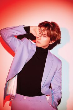 EXO released gorgeous photos of Baekhyun and Chanyeol for 'Love Shot.''Love Shot' is the SM Entetainment boy group's repackage album. Baekhyun Hot, Chanyeol Baekhyun, Kpop Exo, K Pop, Got7, Baekhyun Wallpaper, Oppa Gangnam Style, Exo Album, Social Trends